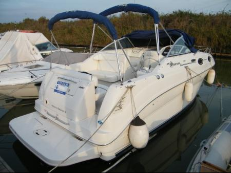 Sea Ray 240 Sundencer
