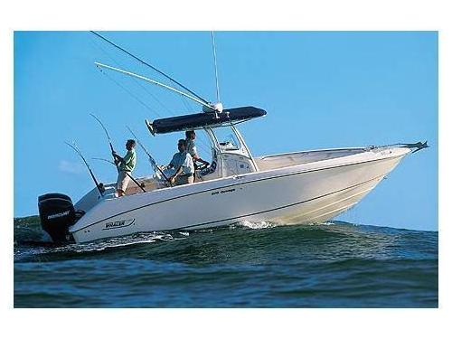 Boston Whaler OUTRAGE 270