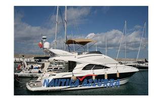 Riviera Mare 48 FLY